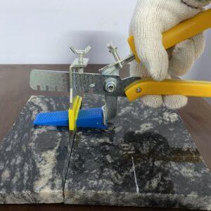 Ke cân bằng đá hoa cương 2mm - Ke nhựa hỗ trợ ốp lát đá hoa cương loại 2mm - Đặt hàng Lh 0971.379.789